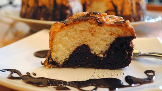 Prajitura ingerilor in alb si negru / Black and White Angel Food Cake