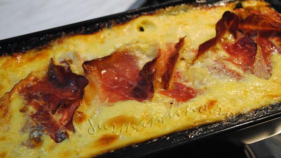 """""""Chec"""" aperitiv cu anghinare si branza Gruyere"""