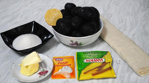 Tarte Tatin cu prune si scortisoara