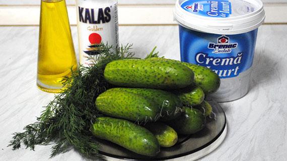 Salata de castraveti cu iaurt si marar