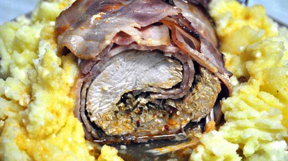 Rulada de curcan marinat cu bacon