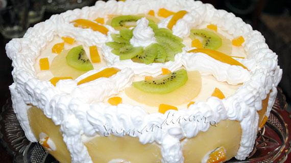 Tort cu fructe - rasfat prietenos cu silueta