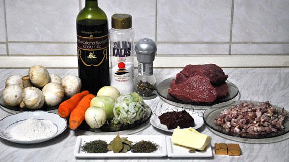 Boeuf bourguignon - vita inabusita in vin rosu