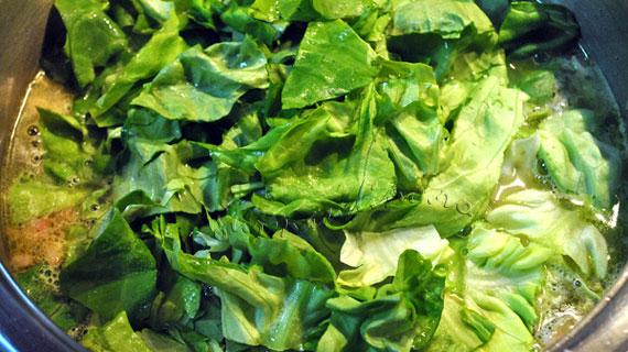 Ciorba de salata verde cu omleta