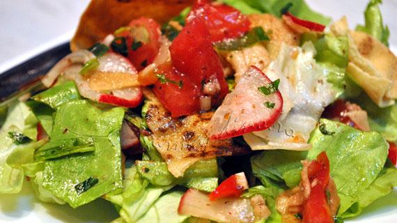 Fattoush - Salata libaneza cu legume si sos de rodii