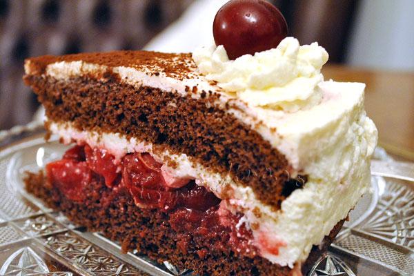 Tort-crema-iaurt-visine13th