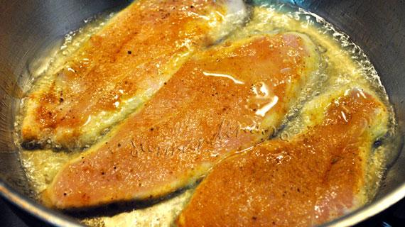 Piept de pui cu ananas, jambon si Gouda & orez cu sos de curry