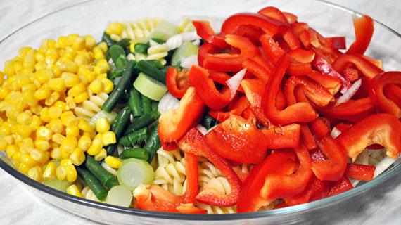 Gratin de paste si legume cu branza Cedar