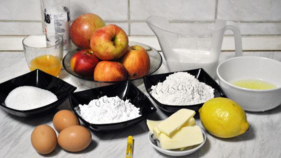 Tort de clatite cu mere si bezea