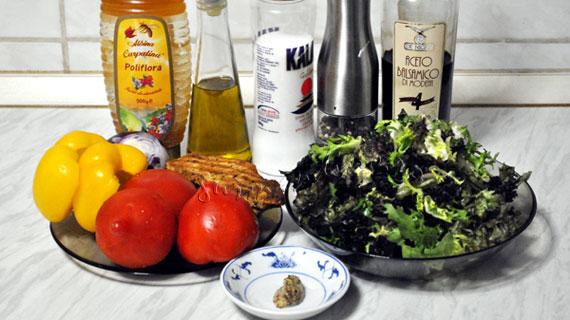 Salata cu pui si dresing de miere si mustar