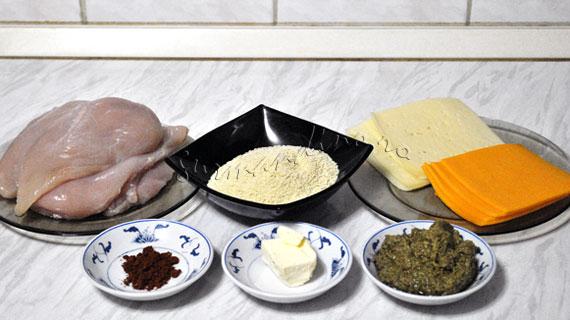 Rulada de pui cu sos pesto si branza
