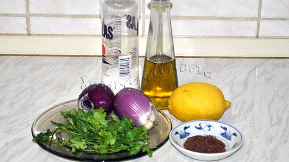 Zerzevat - Salata de ceapa cu patrunjel si sumac