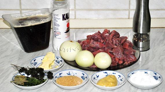 Carbonnade Flamande - tocana belgiana cu vita si bere neagra