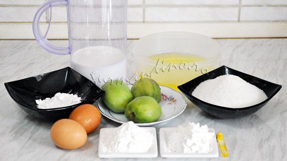 Rulada de bezea cu crema de vanilie si kiwi
