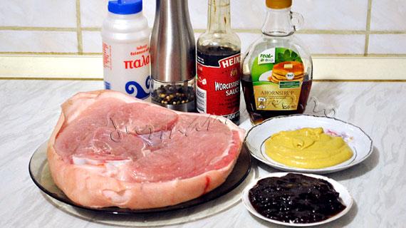 Friptura de porc cu mustar de Dijon, gem de caise si sirop de artar & piure de cartofi cu pesto de leurda