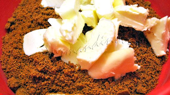 Tarte cu crema de lamaie si bezea Simeon 2 & sos de lamaie-caramel