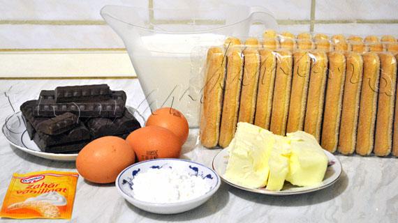 Prajitura rapida cu piscoturi si crema de ciocolata