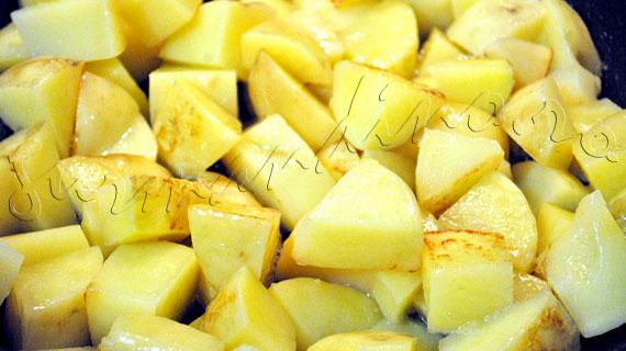 Reteta de somon la gratar cu sos de mustar si marar, cu garnitura de cartofi inabusiti