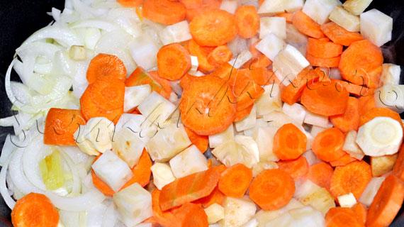 Reteta supa crema de legume cu hasmatuchi (patrunjel frantuzesc)