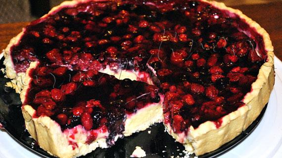 Reteta de tarta cu fructe de padure
