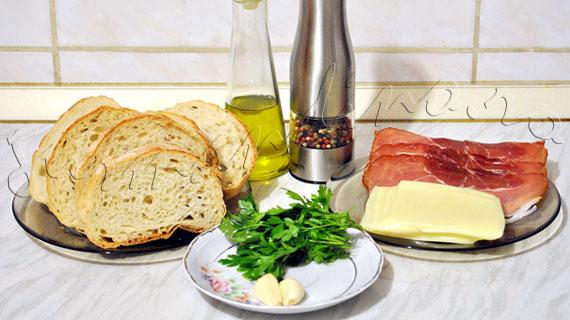Bruschette cu prosciutto si mozzarella
