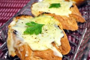 Tartine-usturoi-mozzarella5