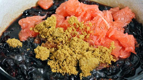 Reteta de pate de ficat de pui cu vin de Porto si sos-dulceata de merisor cu grapefruit roz