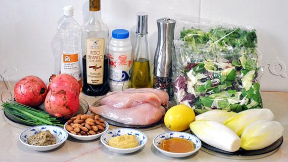 Reteta de salata cu pui la gratar, andive si rodie, cu dressing de mustar si miere