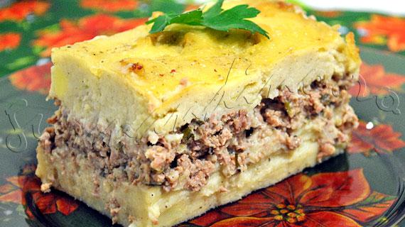 """Hachis Parmentier - Reteta frantuzeasca de """"placinta"""" din piure de cartofi si carne de vita"""