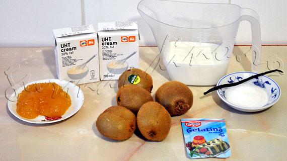 Reteta de panna cotta cu miere, vanilie si piure de kiwi