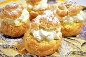 Reteta de prajitura cu crema de vanilie si frisca - Choux à la crème
