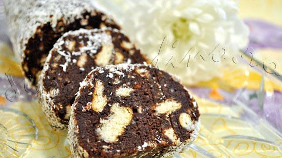 Reteta de salam de biscuiti - varianta cu lapte, unt si oua