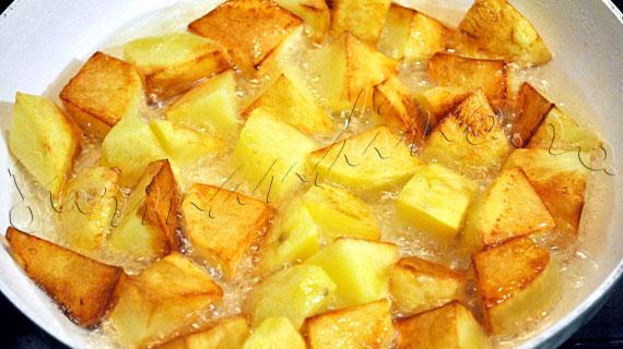 Reteta libaneza: Batata Harra - cartofi picanti cu usturoi si coriandru
