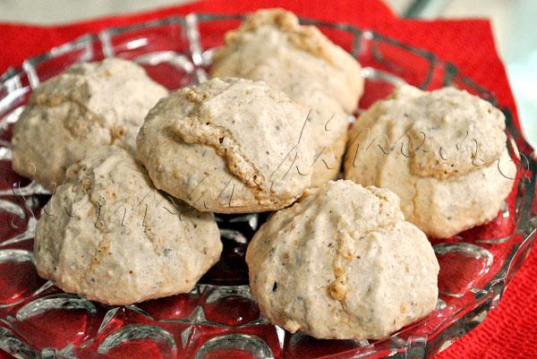 Reteta de Biscotti amaretti sau pricomigdale (bezele cu migdale)