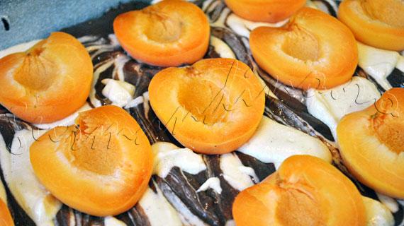 Reteta de prajitura marmorata cu caise