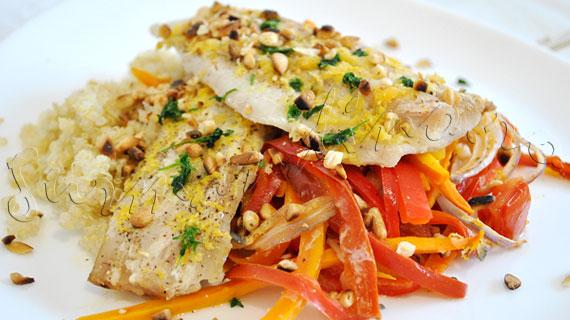 Reteta de peste (cod de Alaska) la cuptor, cu legume, quinoa si muguri de pin