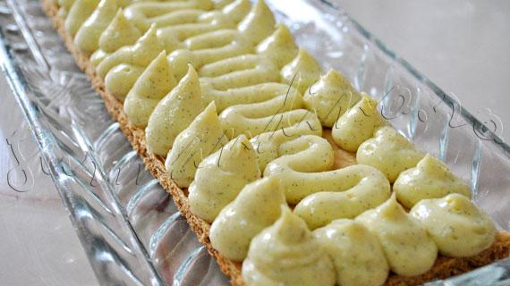 Reteta de prajitura din foietaj cu crema de vanilie - Mille-feuille (Napoleon)