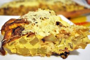 Reteta tortilla spaniola de cartofi - omleta cu cartofi, ceapa, dovlecel si pastrama