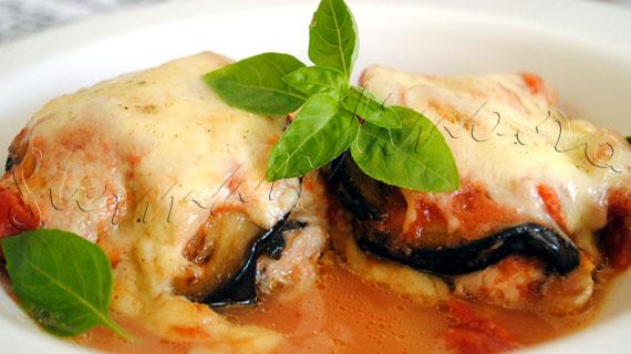 Reteta italieneasca de pui la cuptor cu vinete, rosii si mozzarella