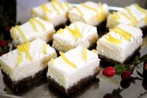 Reteta de prajitura cu branza - Mini New York Cheesecake cu glazura de lemon curd