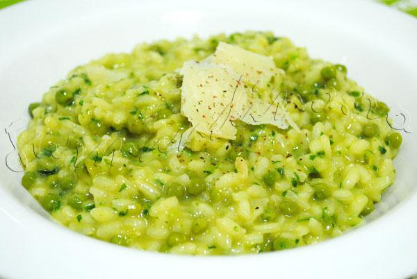 Reteta italieneasca - risotto cu leurda si mazare