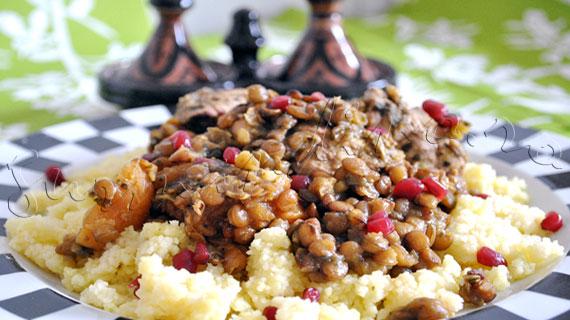 Reteta marocana - Pui Tajine cu linte, caise uscate si seminte de rodie