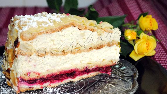Reteta frantuzeasca de tort cu blaturi din aluat de choux, crema diplomat cu rom si visine