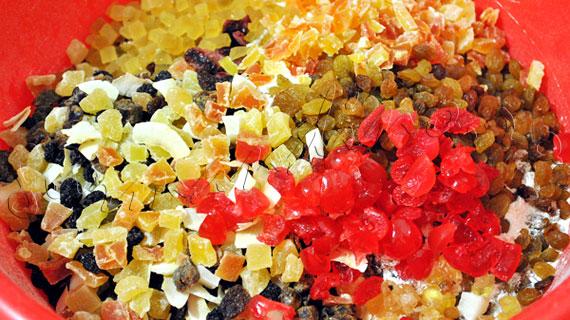 Reteta de Craciun: Chec englezesc cu fructe uscate