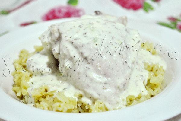 Reteta arabeasca - Pui in sos de iaurt cu menta si usturoi