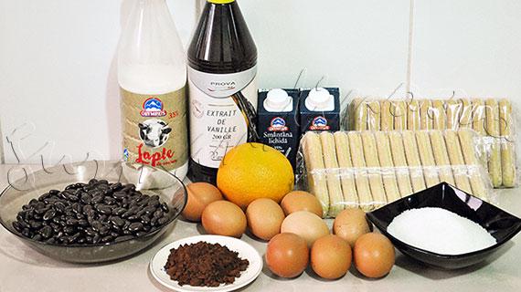 Reteta Joseph Hadad - Piscoturi cu mousse de ciocolata, fructe proaspete si sos de vanilie