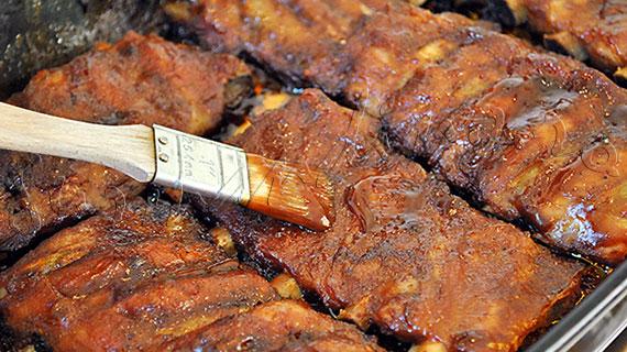 Reteta de coaste de porc BBQ… la cuptor