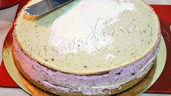 Reteta de Tort cu mousse de zmeura si panna cotta